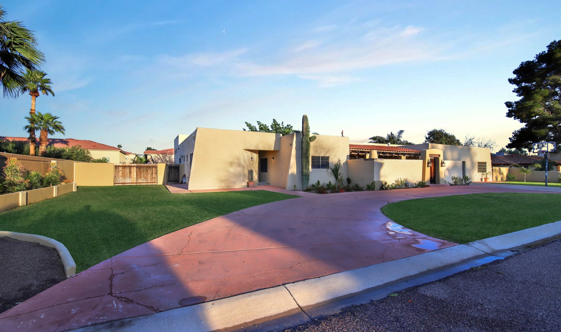 North Central Phoenix Estate | Image Title